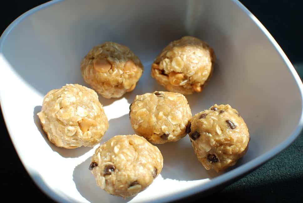 Peanut Butter Oatmeal Cookie Dough Balls