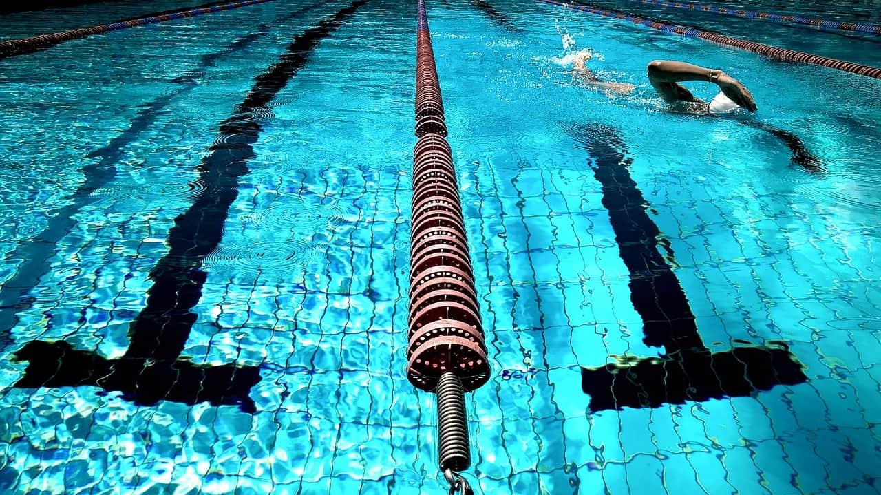 Half Mile Triathlon Swim Workout - Snacking in Sneakers