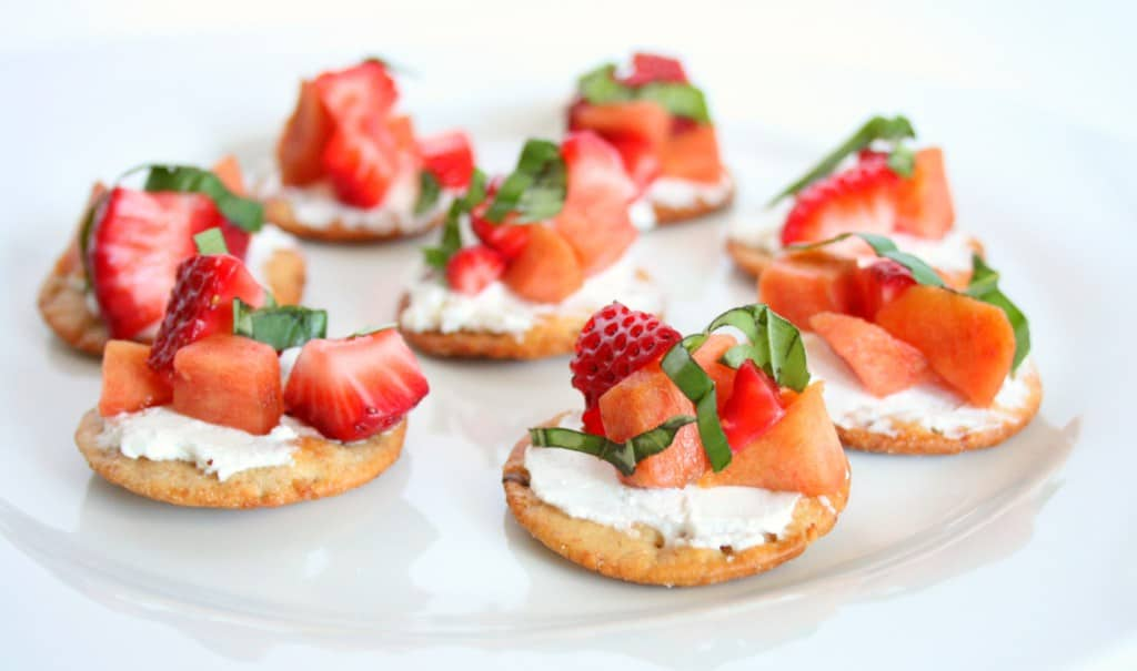 36 Healthy Strawberry Recipes to Make this Summer! - Snacking in ...