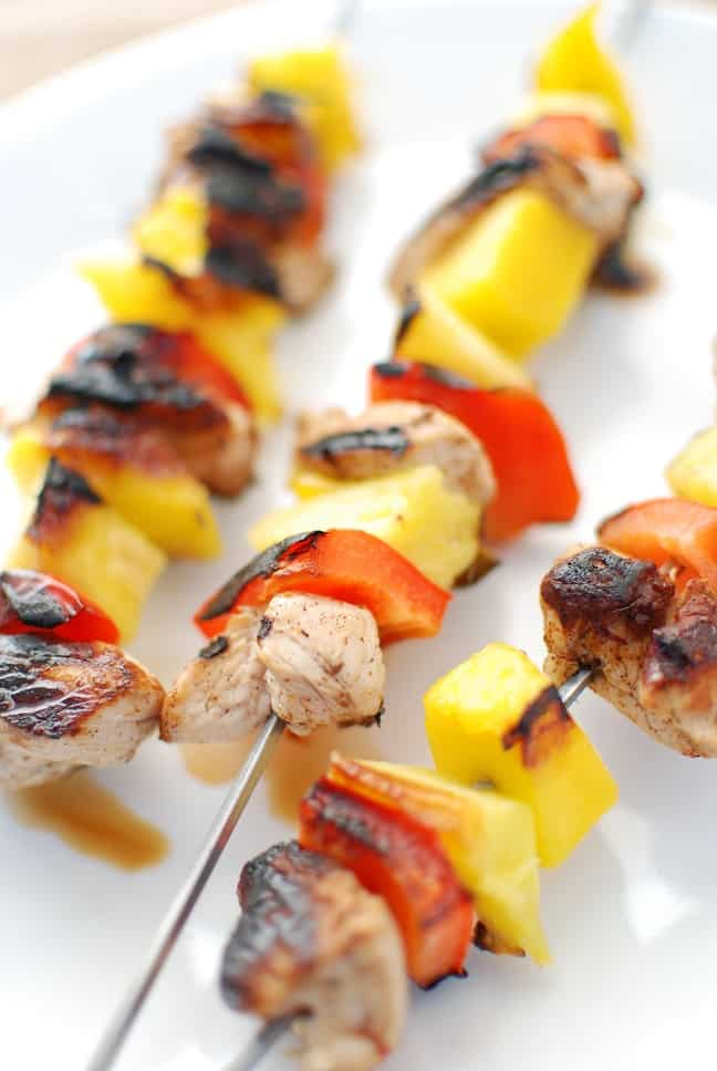 Carribean jerk turkey skewers with pepper, pineapple and mango