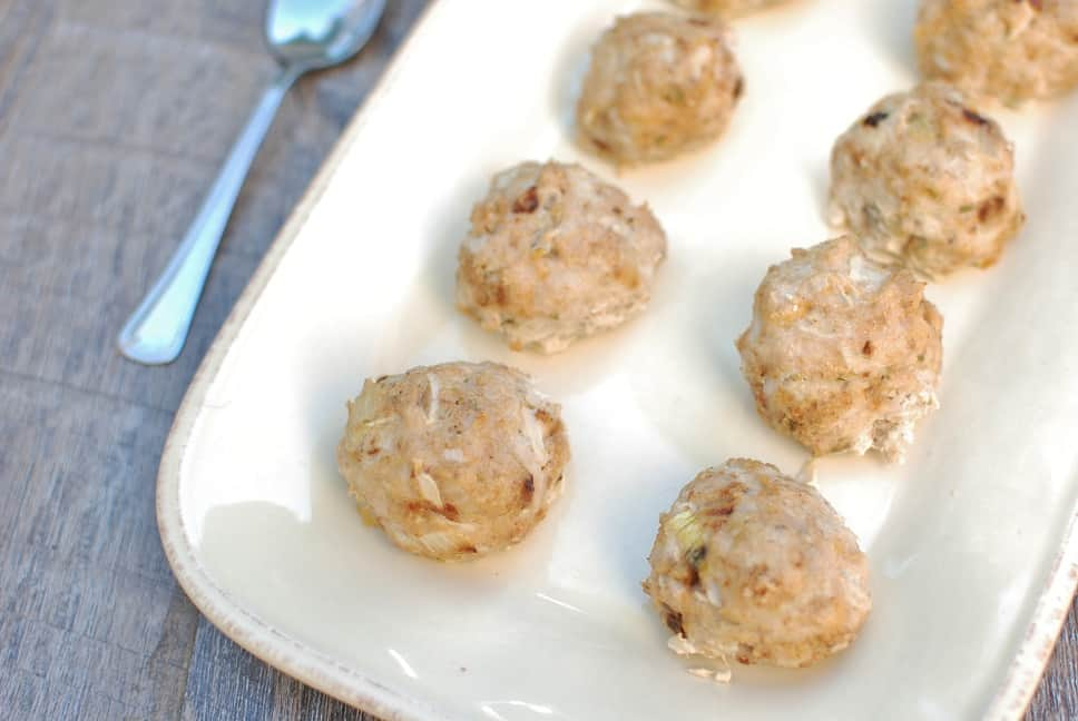 These chicken apple meatballs make a great healthy dinner to add to your meal plan! With less than 10 ingredients, you can create these delicious family friendly meatballs in about 30 minutes. They're perfect topped with cranberry sauce and served alongside roasted veggies, or on top of a salad with sliced apples and dried cranberries.