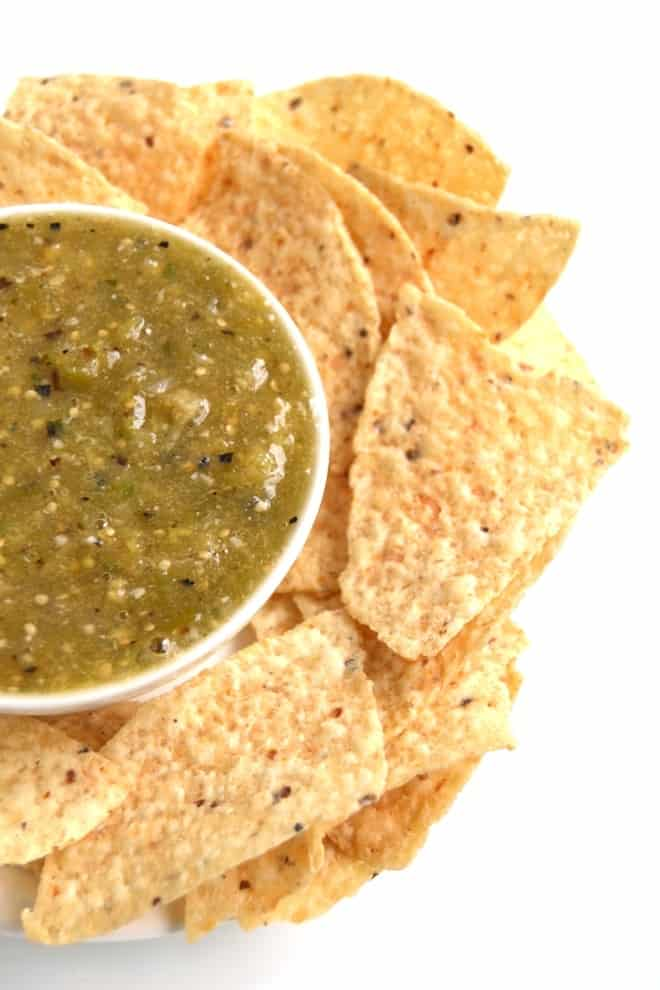 Green salsa verde makes amazing better-for-you game day grub! Treat the football lovers in your life to this healthier snack.