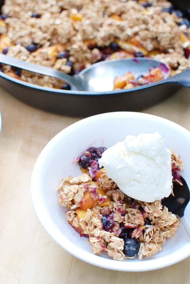 Healthy Peach Blueberry Crisp - Snacking in Sneakers
