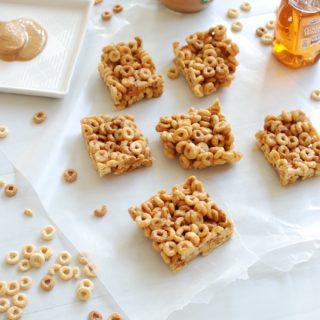 Peanut Butter Honey Cheerio Bars