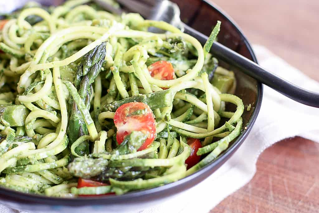 Spiralized Zucchini with Spinach Pesto