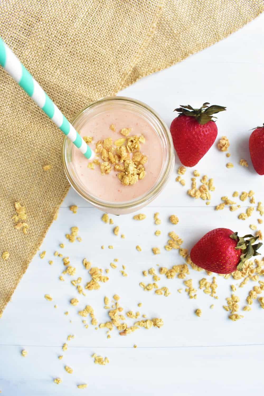 Strawberry peach granola smoothie