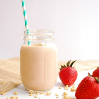 Strawberry Granola Smoothie
