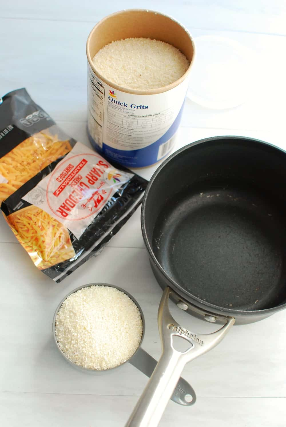 Ingredients to prepare cheesy grits